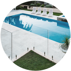 glass pool fencing.png