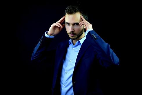 Magicien Mentaliste Toulouse Haute-Garonne Lucas Nolan