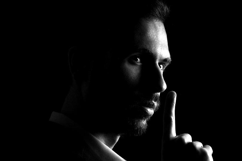 Contacter-Magicien-Toulouse-Mentaliste-Lucas-Nolan