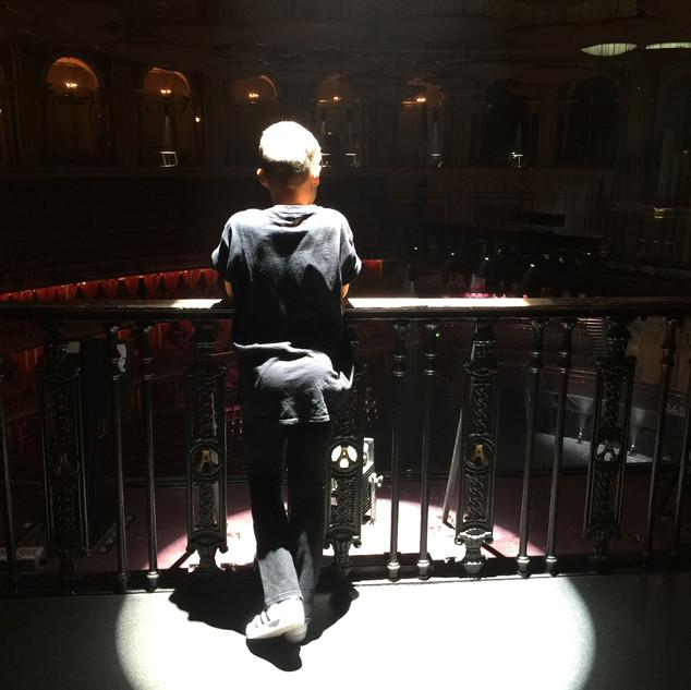 Spotlight x