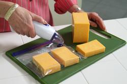 Debbie Meyer GeniusVac® - Cheese