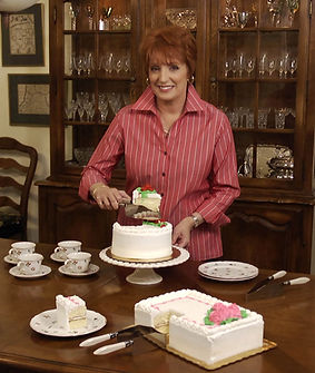 Debbie Meyer with her Debbie Meyer CakeCutter
