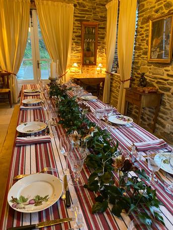 Table ferme avec nappe toile de la monta