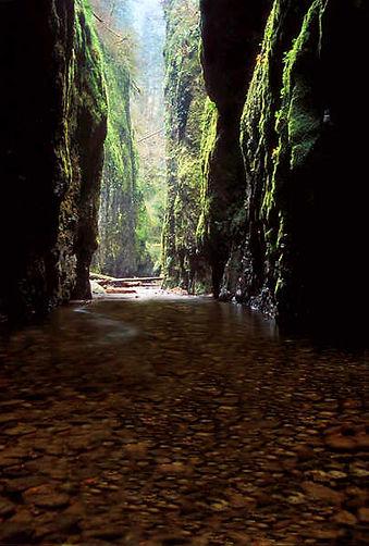Water_Cave.jpg