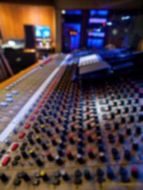 FORWEBStudioA-control2-1.jpg