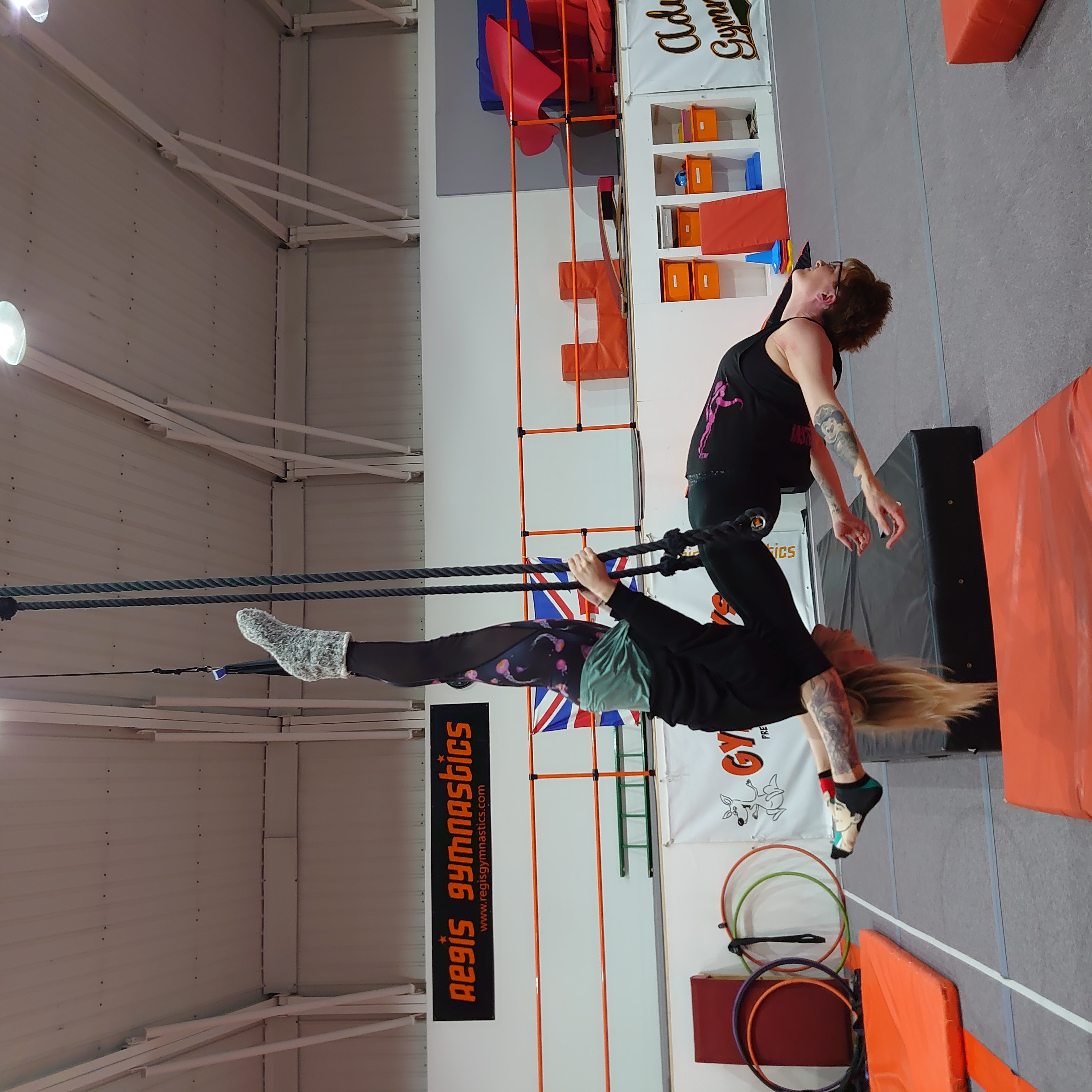 Doubles_trapeze_1