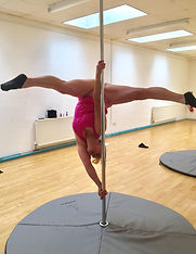 Pole-fitness-littlehampton-3_edited.jpg