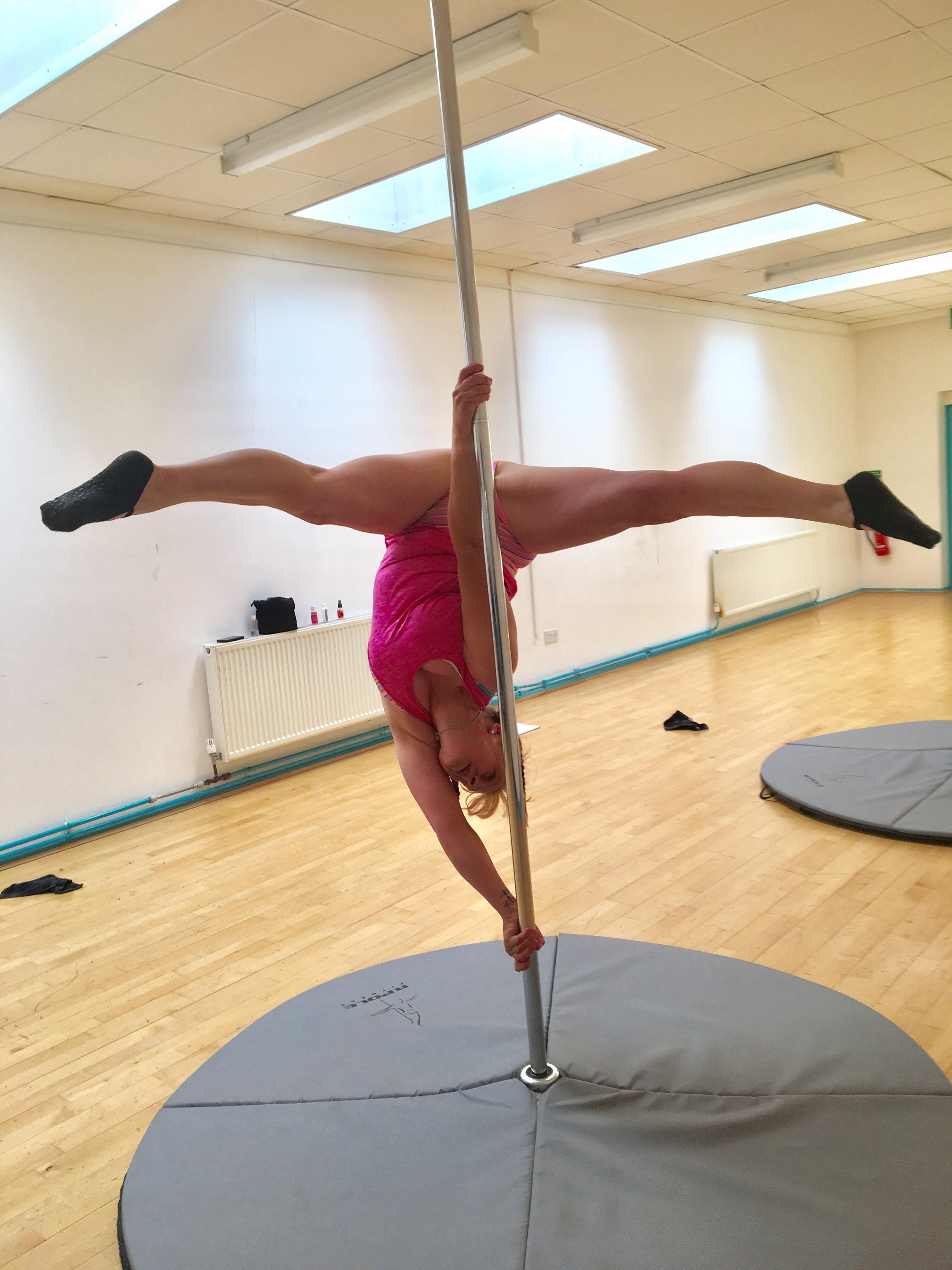 Pole-fitness-littlehampton-3