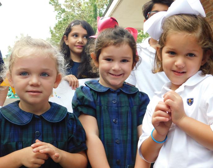 girl group smiling avery.JPG