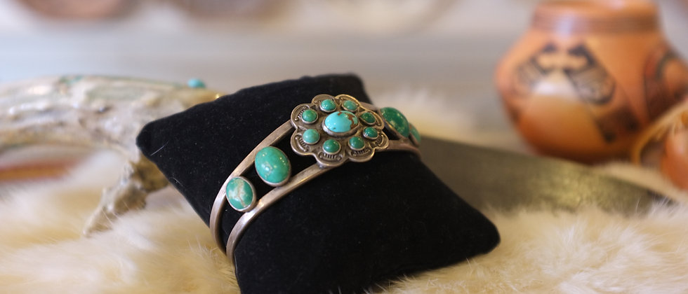 1940s Fed Harvey Style Bracelet
