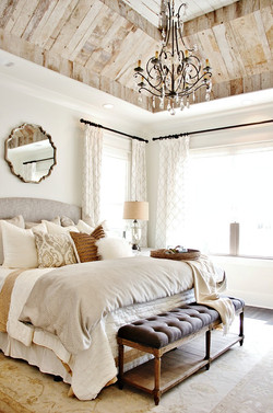 bedroom-with-wood-ceiling1