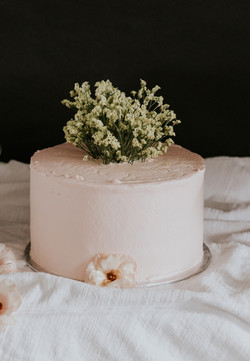 Clean Curves //  Fresh Florals