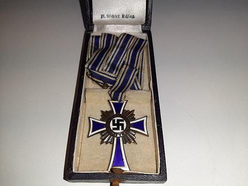 WW2 German Mutterehrenkreuz - Mothers Cross - Bronze