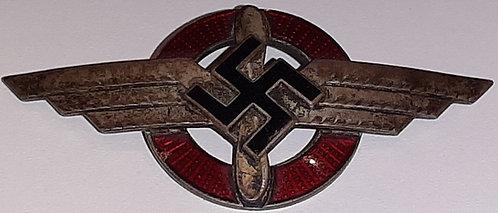 WW2 German DLV (Deutsche Luftsport Verband) Cap Badge