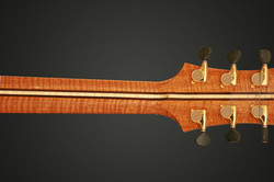 FLAMED MAHOGANY NECK