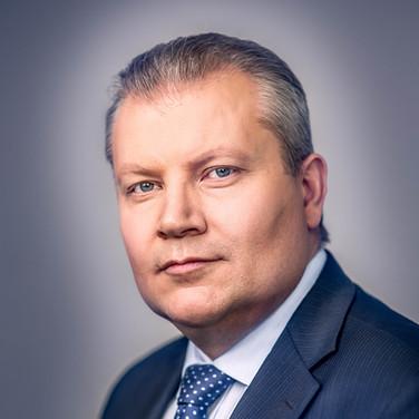 Мужской, бизнес портрет руководителя.