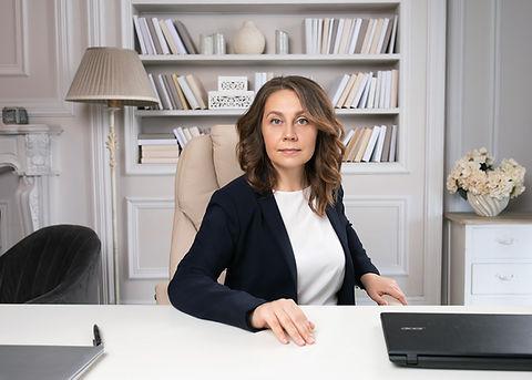 Фотосъемку женского бизнес-портрета в Мо