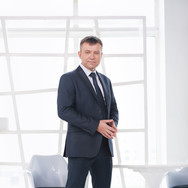 Деловои портрет в Москве: Бизнес фотосессия в интерьерной студии - Александр Лебедев 2018г