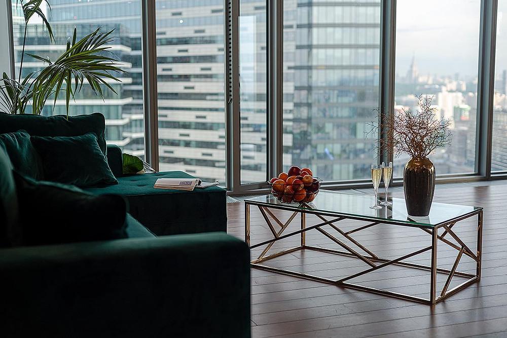Вы хотите получить образ в кабинете на фоне небоскрёбы? Это локация для вас, здесь вы получить отличный результат