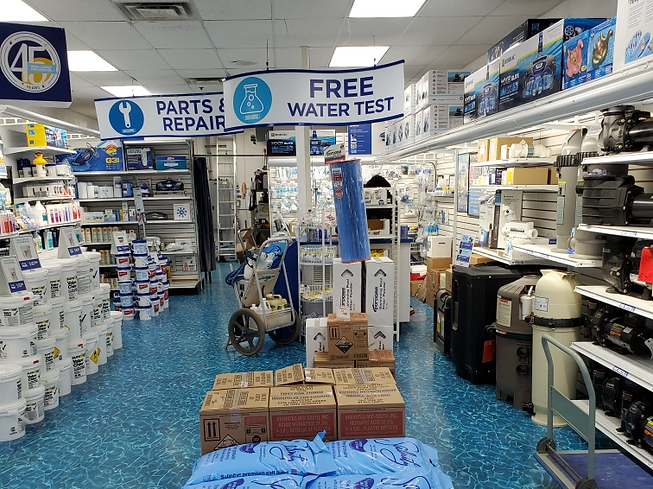 Winter Garden Swimming Pool Store For Sale
