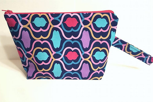Small Zippered Project Bag - Lips