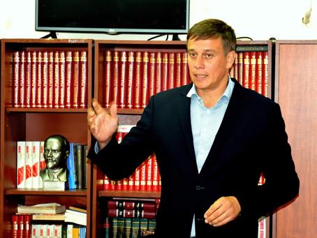 Депутат ЛДПР встретился с ветеранами.