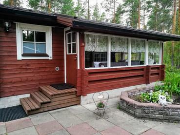 Main cottage / Mökin päärakennus