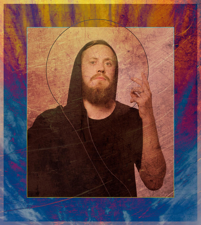 Oto Maciek, jedyny bóg, jakiego znam. Pomógł mi z powrotem wrócić do poczucia bycia potrzebną i pełnowartościową...