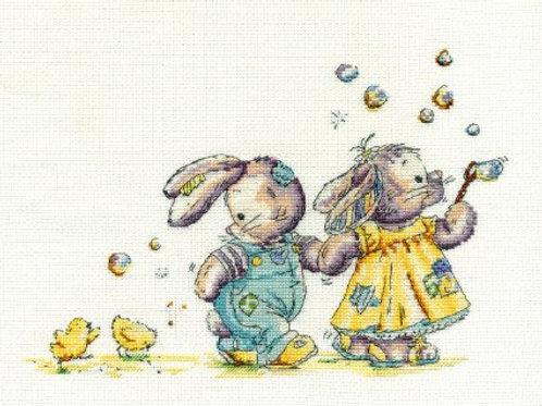 Blowing Bubbles Cross Stitch Kit (BL1091/51)