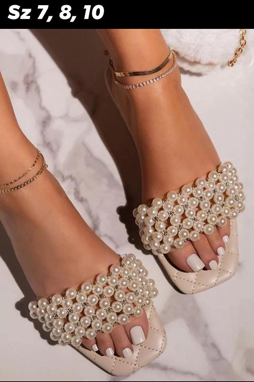 Pearls for the Girls (Beige)