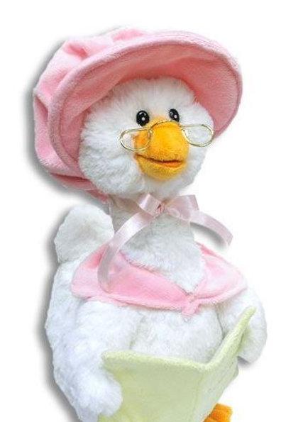 Mother Goose in Pink (Plays Nursery Rhymes)