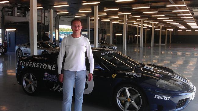 Em Ferrari.jpg