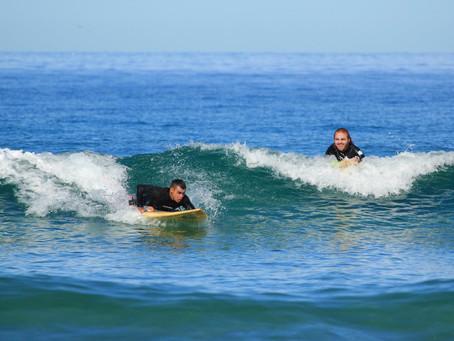 Siete ticos compiten mañana el Us Open Adaptive Surfing
