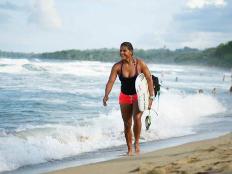 La 12 veces Campeona Nacional de Surfing se recupera tras accidente acuático