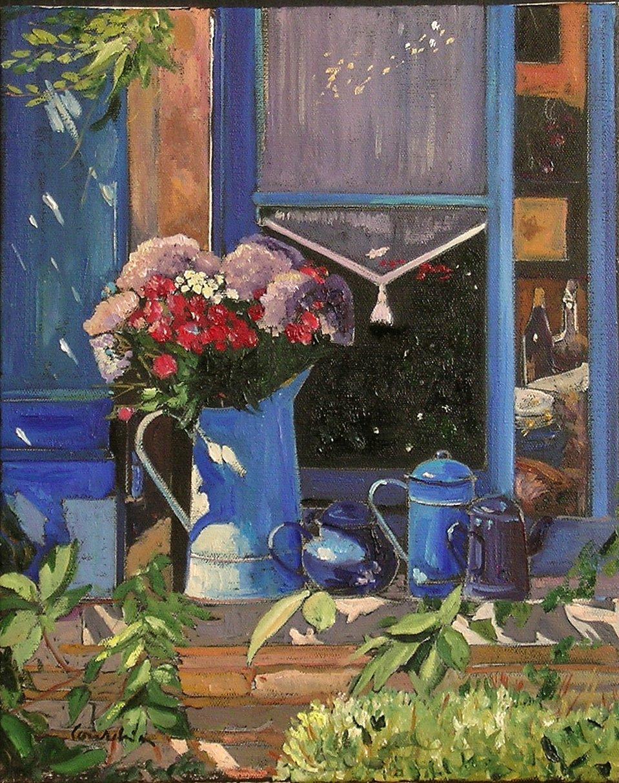 Bouquet et fenetre bleue.