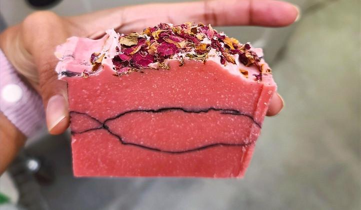 CHARCOAL ROSE SOAP BAR