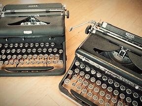 antique vintage typewriters