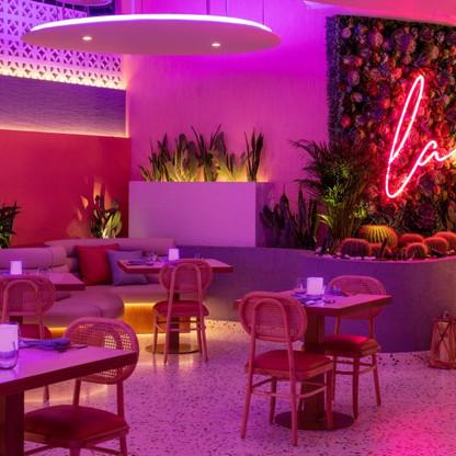 Andaz-Dubai-Inside-Booths-845x550.jpg