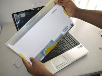 compaq-presario-cq60-and-cq61-laptop-scr