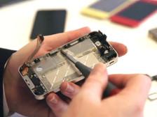 how-to-repair-a-broken-iphone-screen.jpg