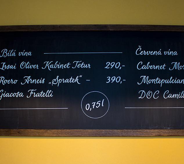 Kaligrafické nápisy - vinárna