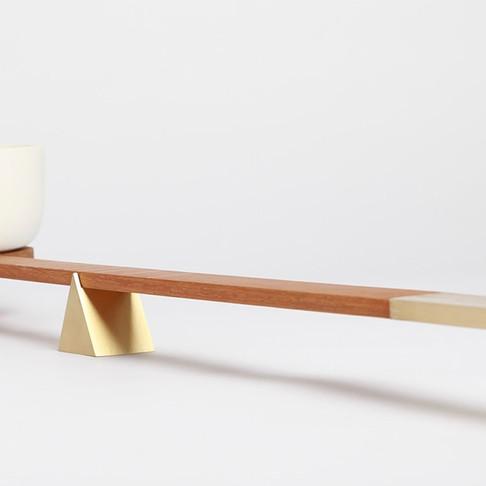 Balanza by Aldo Mazzoni