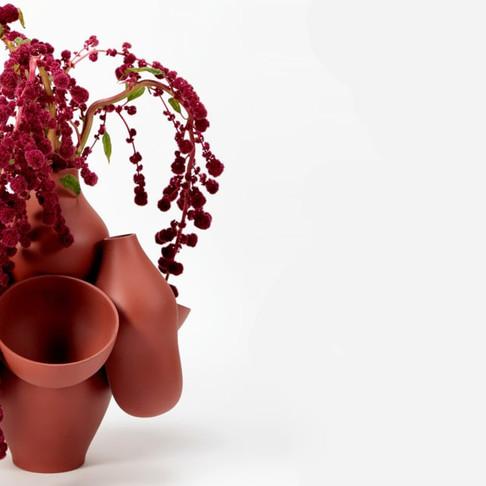 7 Vases  by Jean-Baptiste Fastrez