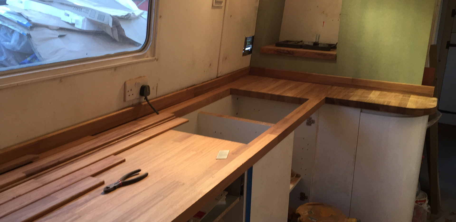 NARROWBOAT RENOVATION / FIT OUT - W6