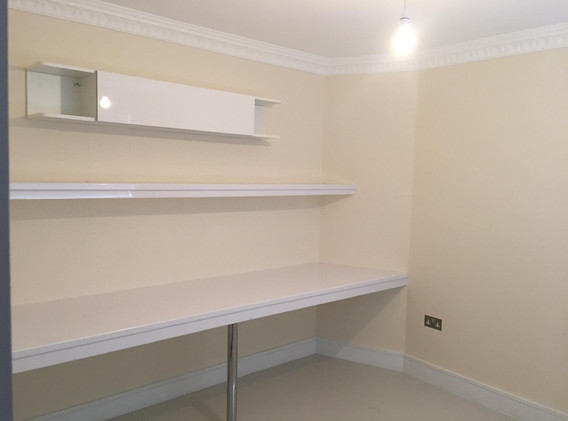 OFFICE ROOM NW9