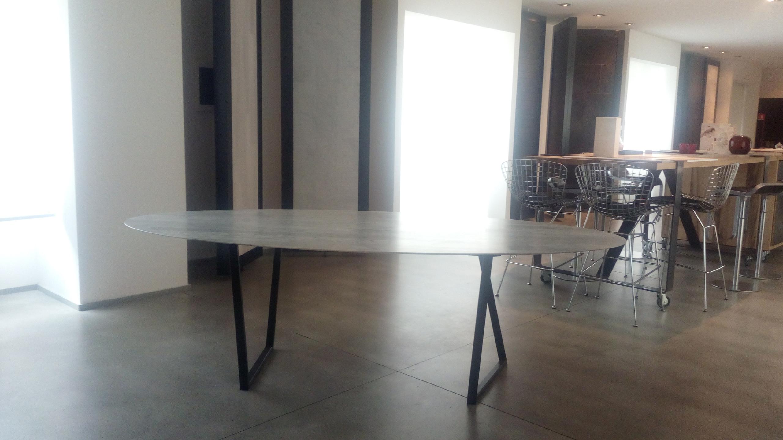 SalvatoriMarmi-table-ph.DeMasi