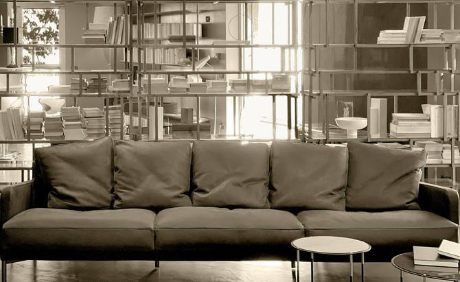 LIVING DIVANI | Esperienza, Design ed Eleganza