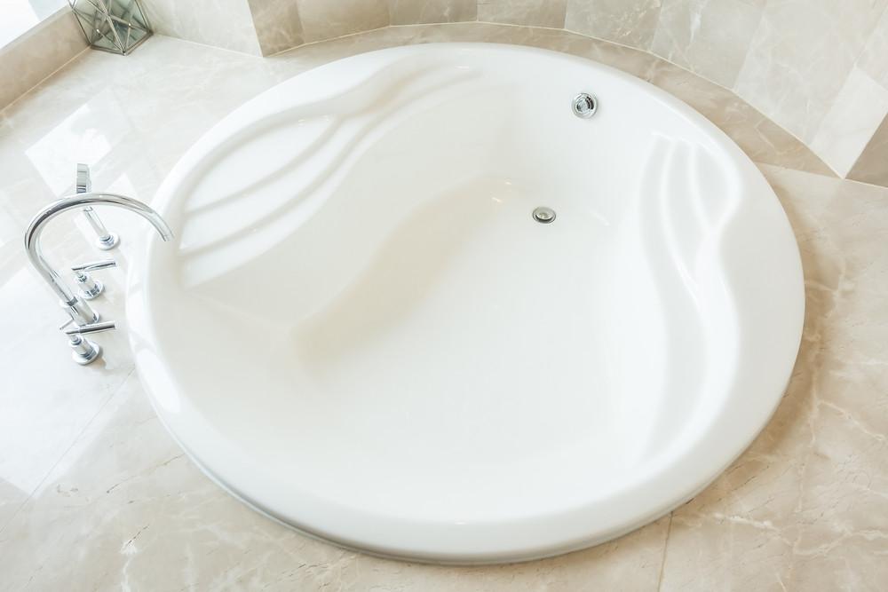 O que levar em consideração antes de comprar sua banheira de hidromassagem