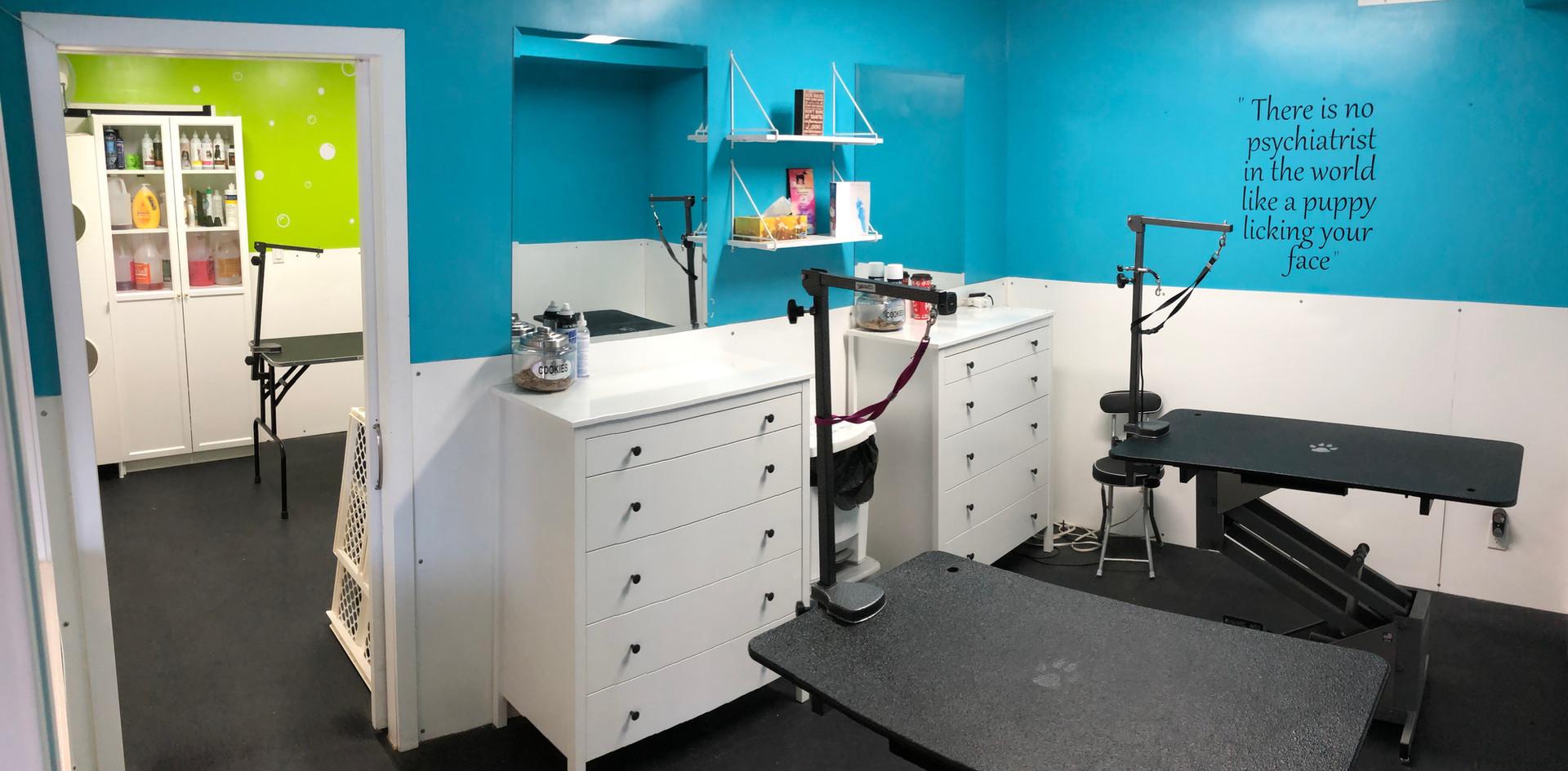Grooming Room #2