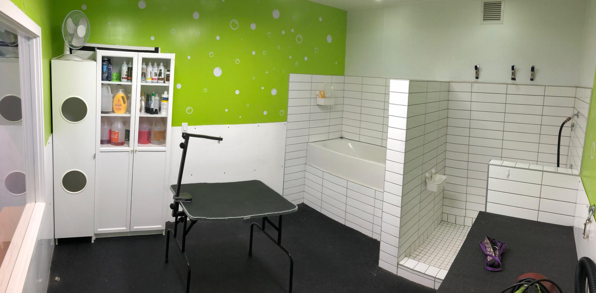 Grooming Room #1